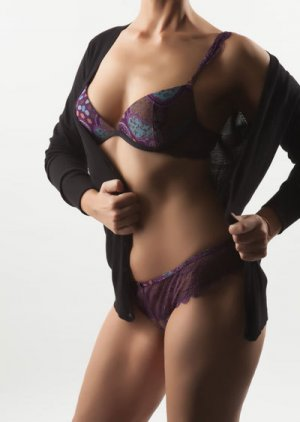 Tahicia erotic massage in Addison