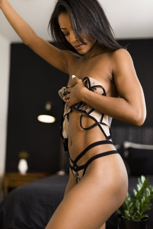 Ariana tantra massage in Dublin